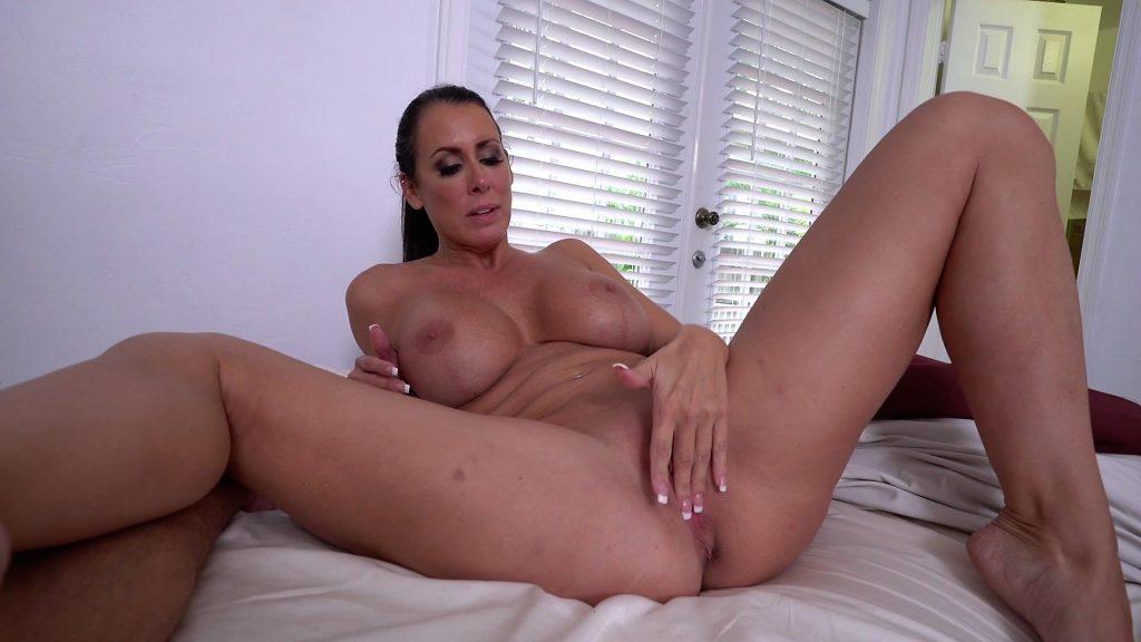 Big ass milf mom porn