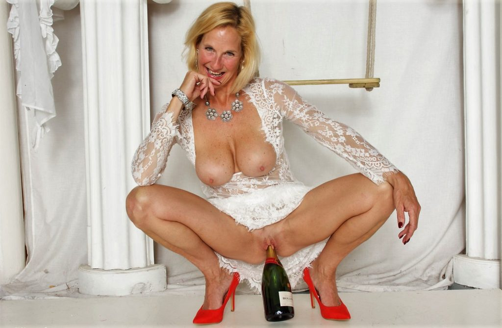 Top Rated MILFS 2018