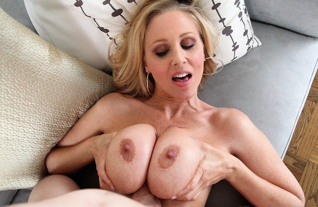 MILF Julia Ann titty fucking